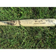 Robin Yount Autographed 3000 Hit Commemorative Bat