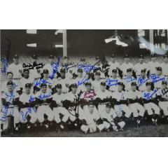 1957 Yankees Team Photo with 21 Signatures