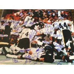 Walter Payton Touchdown Photo with 30 Bears Signatures