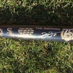 Frank Thomas Autographed Hall of Fame Commemorative Bat
