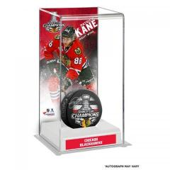Patrick Kane Autographed Puck and Custom Display Case